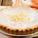 Рецепт вкусного песочного пирога с творогом и бананом