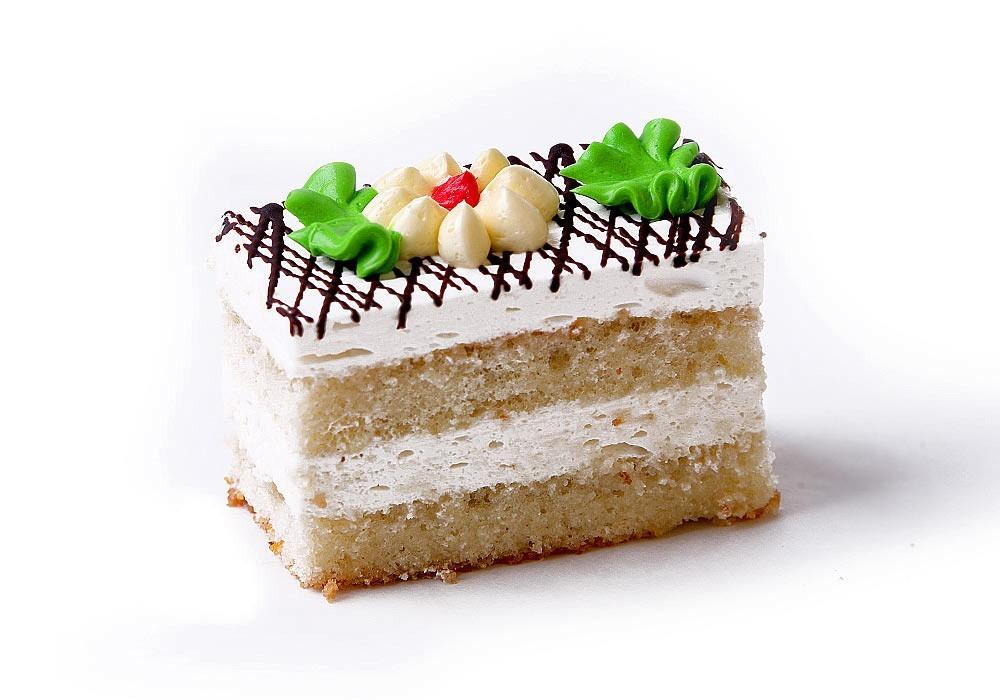 Бисквитное пирожное с белковым кремом