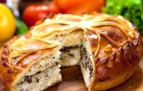 Вкусный пирог с мясом по доступному рецепту